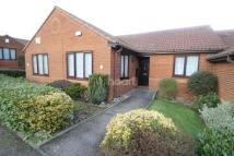 2 bedroom Bungalow in Edgcott Close
