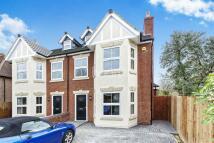 4 bedroom new house in Alwyn Road