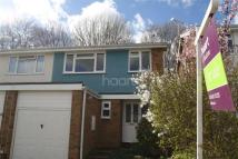 3 bed semi detached property in Ragstone Road, Bearsted