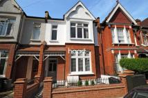 2 bedroom Flat for sale in Lucien Road, Tooting Bec...