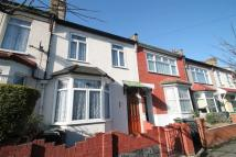 2 bed Terraced house in Luton Road