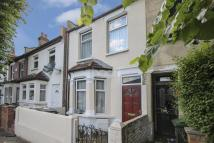 3 bed Terraced home in Waverley Road