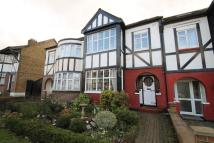 5 bedroom Terraced home in Woodside Park Avenue