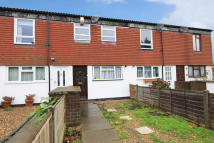 3 bedroom home in St Helens Close, Cowley...