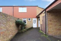2 bed Maisonette for sale in Burness Close, Uxbridge...