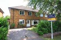 Maisonette for sale in New Peachey Lane, Cowley...