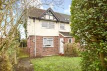 3 bed semi detached home in Maygoods View, High Road...
