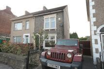 2 bedroom End of Terrace property in HANHAM ROAD, Bristol...