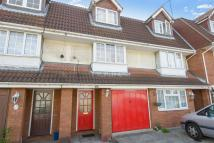 4 bedroom Terraced property in Glenwood Avenue