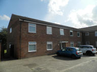2 bed Ground Flat in Shortridge Court, Witham...