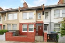 3 bed Terraced property in Ilex Road
