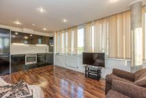 Flat for sale in Hillside