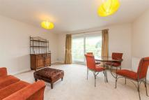2 bedroom Flat in Spencer Hill, SW19