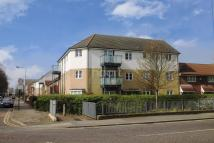 2 bedroom Flat for sale in Loxford Lane