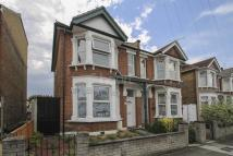 3 bedroom semi detached house in Farnham Road