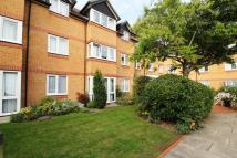 Flat for sale in Parkview Court...