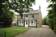 4 bedroom Detached home in Station Road