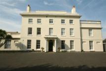 3 bedroom Flat in 1, St. Stephens Manor