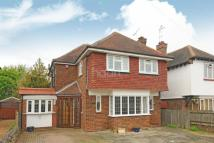 4 bed Detached home in Bromstone Road