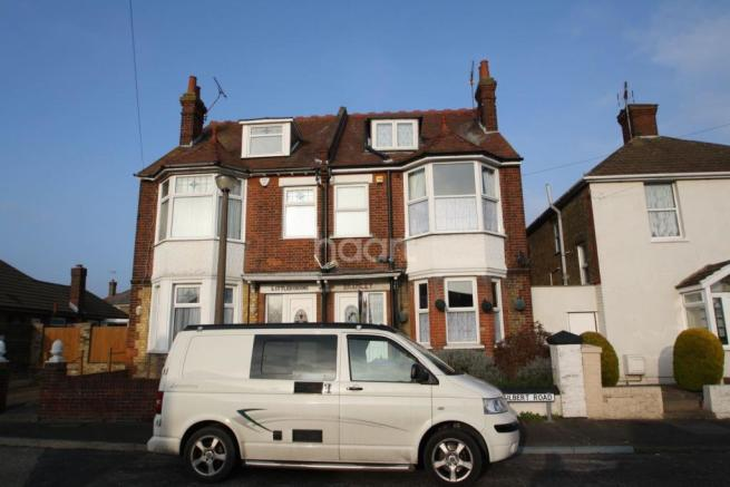 4 bedroom semi detached house for sale in gilbert road ramsgate ct11 ct11