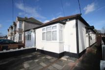 2 bedroom Bungalow in Aldborough Road