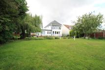 8 bedroom Detached property for sale in Golf Green Road