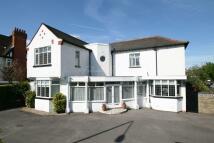 9 bed Detached property in Aldersbrook Road