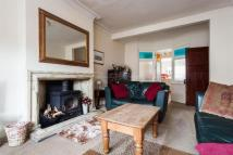 4 bed semi detached home in Woodlands Avenue...