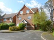 Town House in Okeford Close, Tring