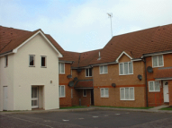 1 bedroom Ground Flat to rent in Eagle Close...