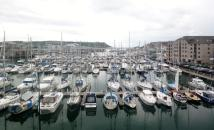 2 bedroom Apartment in HAWKERS AVENUE, Plymouth...