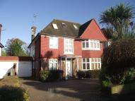 6 bed property in Manor Hall Avenue...