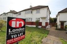 Westmere Drive Maisonette to rent
