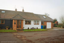 3 bedroom Semi-Detached Bungalow for sale in MAIDENHEAD