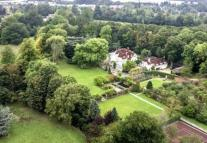 Country House for sale in LITTLE CHALFONT