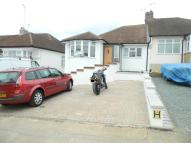 3 bed Semi-Detached Bungalow to rent in Brackendale, Potters Bar...