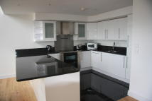2 bedroom Penthouse to rent in Bridge House...