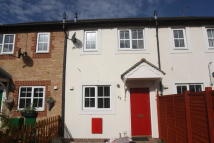 Town House to rent in May Close, Swindon