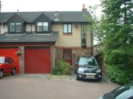 Town House to rent in Grove Avenue, Lymm, WA13