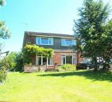 4 bed Detached house for sale in The Hill, Worlaby