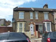 3 bed house for sale in Glasgow Road, London