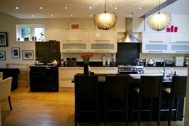 Kitchen Area Photo 2