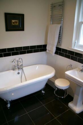 Ensuite Bathroom Pho