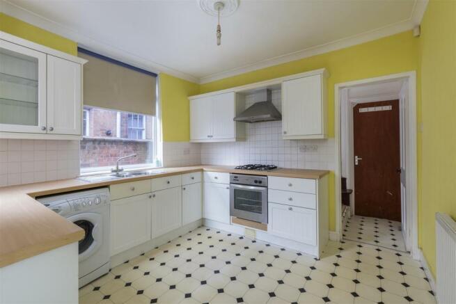 Leicester28-Kitchen-01A.jpg