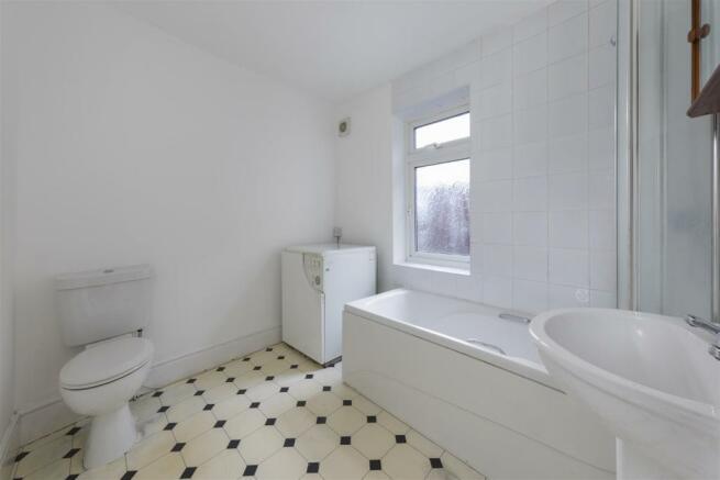 Leicester28-Bath-01A.jpg