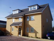2 bedroom Apartment to rent in LINDEN ROAD, Benfleet...