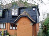 semi detached house to rent in Swan Lane, Wickford, SS11