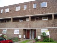 Ground Flat to rent in Wickford, SS11