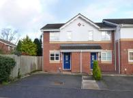 2 bed home in Gloster Close, Ash Vale...