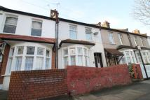 2 bedroom Terraced house for sale in Plaistow